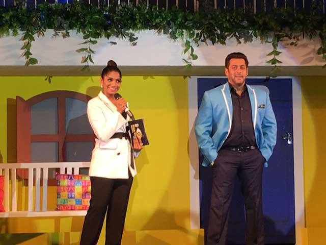 Salman Khan in Big Boss 11 Event