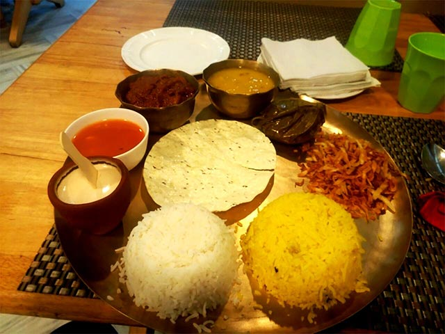 Here's What You Call A Scrumptious Bengali Meal
