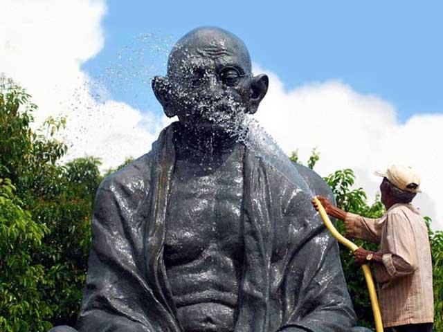 Why Gandhigiri Remains The Best Mantra