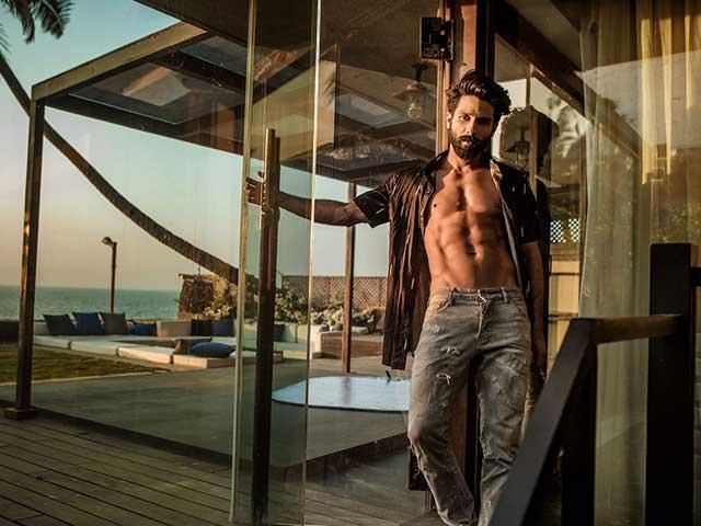 Zayn Malik Loses Sexiest Asian Crown To Shahid Kapoor!