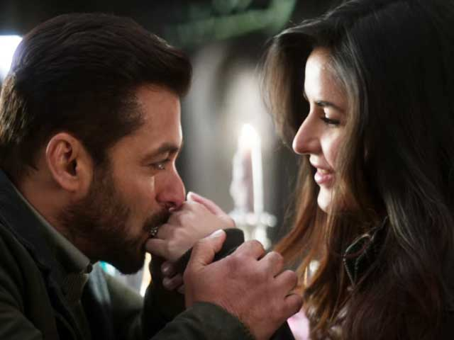 Salman & Katrina Make You Believe In Love Again With Dil Diyan Gallan From Tiger Zinda Hai