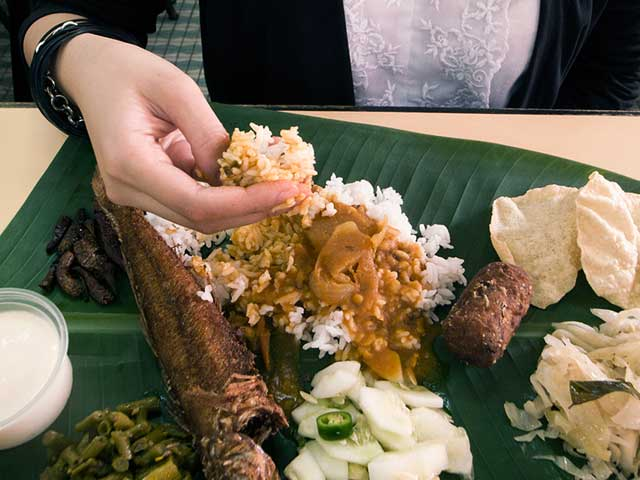 Cultures That Eat With Hand