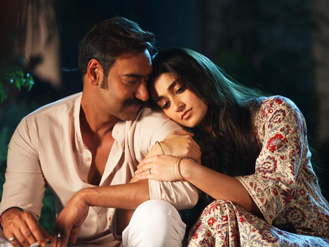 Here's Why Ileana Dcruz Would Love To Do More Films With Ajay Devgn Post Raid