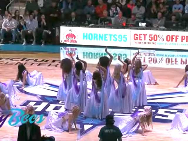 This Ghoomar performance at an NBA game will surely make your day