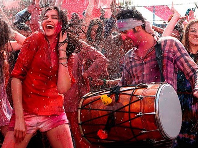 Ready to play Holi with your partner? Find out what's your colour