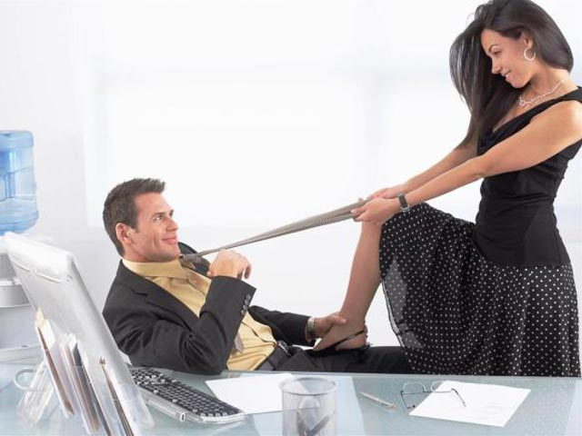Are you an office flirt? These do's and don'ts can keep you safe