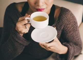 Three homemade detox teas for glowing skin