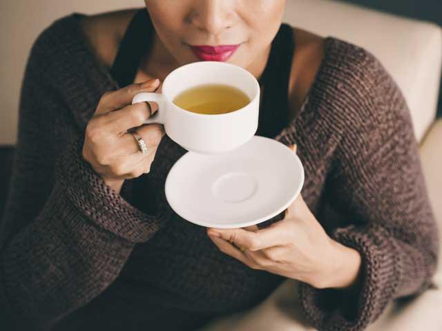 Three homemade detox teas for glowing skin
