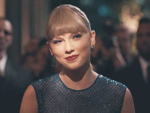 "Taylor Swift's ""Delicate"" - Is it about Her Pubic Disappearance?"