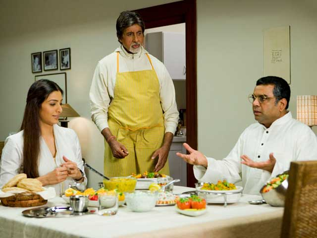 4 Bollywood Stars Who Have Put On The Chef's Hat In The Movies!