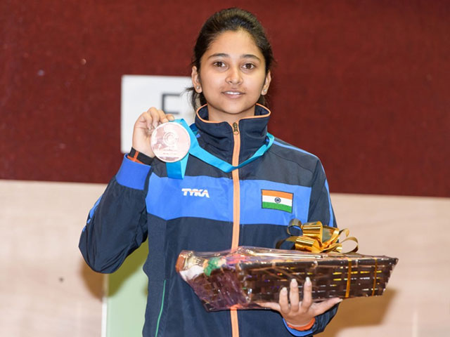 16 Year Old Manu Bhaker From Haryana Who Shot Her Way Into The World Cup