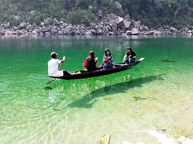 Did You Know Of This River Of Floating Boats In Meghalaya?