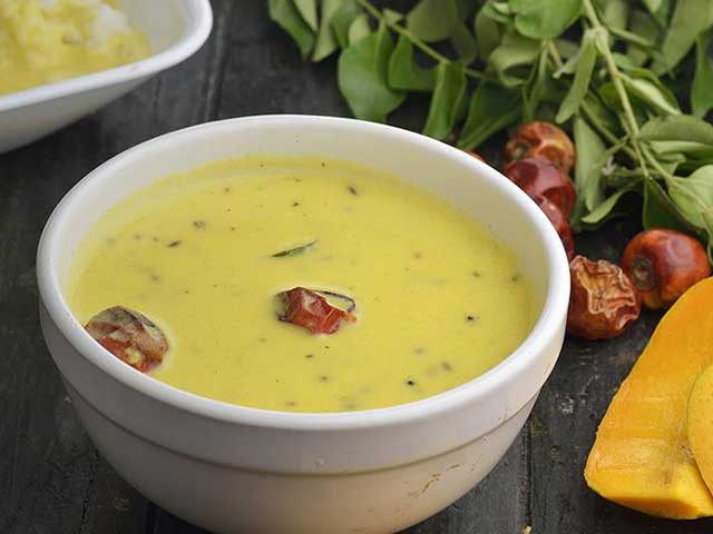 Have You Tried Ras No Fajeto? This Gujarati Dish Makes For A Perfect Summer Feast!