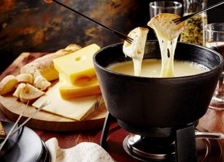 Fondue: The Cheesy Delight!