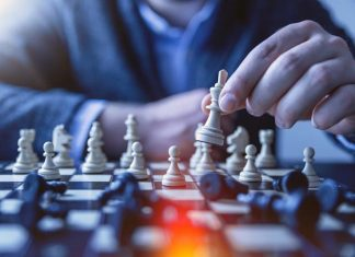Things About Business, A Game Of Chess Can Teach Us