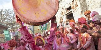 Holi Special Non-Film Folk Songs To Set Your Mood