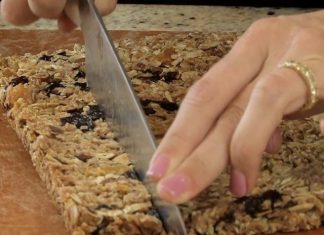 3 Shocking Facts About Granola Bars