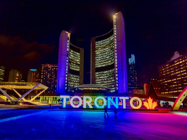 Five Things Everyone Should Do In Toronto