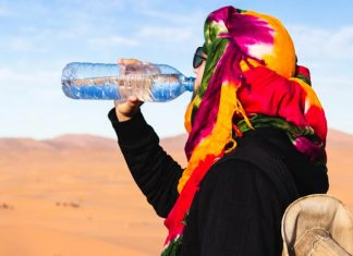 Right Way Of Drinking Water. How It Helps To Keep You Fit In Summers.