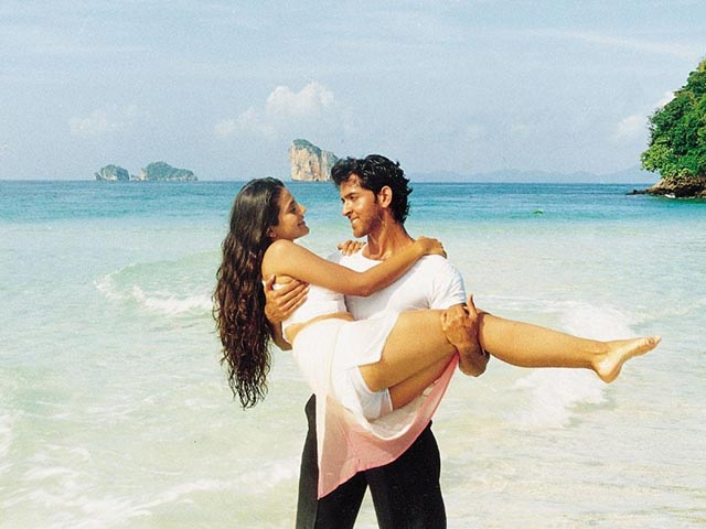 Summer Special: Best Bollywood Movies Shot Around Beaches