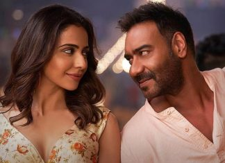 Watch Ajay Devgn Getting Drunk In De De Pyaar De's Mukhda Vekh Ke Song