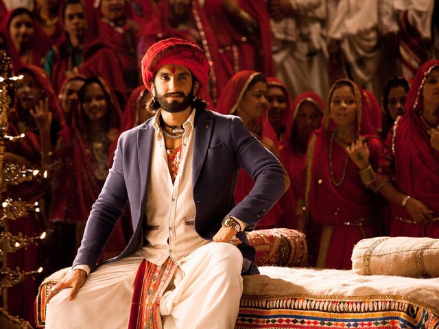 The Times Ranveer Singh Played A Gujarati Man On Screen