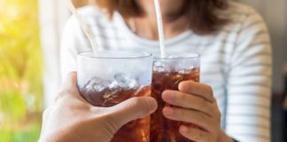 Does Drinking Carbonated Water Cause Weight Gain?