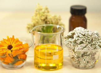 5 Ways Essential Oils Can Be Used on Face