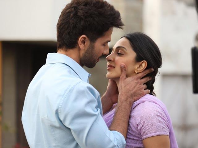 Kabir Singh's 'Mere Sohneya' Is A Beautiful Love Ballad