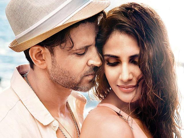 Hrithik Roshan And Vaani Kapoor Romance It Out In War's First Song Called 'Ghungroo'