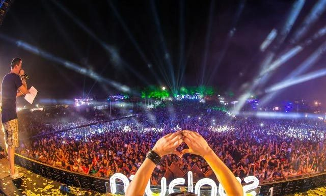 The Chainsmokers And Martin Garrix Set To Headline Sunburn 2019