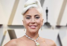 Lady Gaga Releases New Version Of Her Album Artpop Without R. Kelly's Song